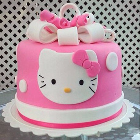 Clean and Simple Hello Kitty Cake