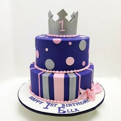 Crowned Price Cake